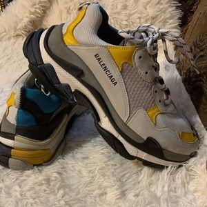 Men Balenciaga Sneakers Size